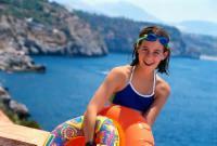 swimming-vacation-girl.jpg