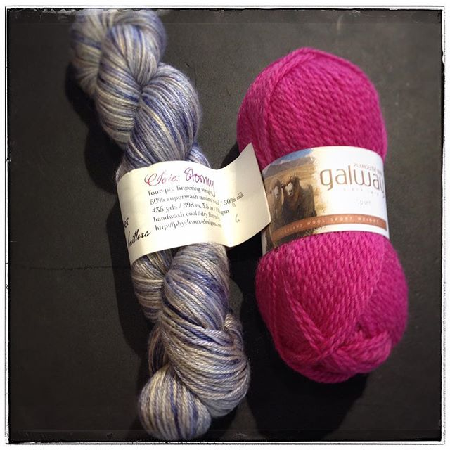 I love both of these yarns. They are very different. #yarnfolk #yarn