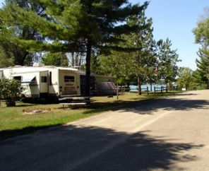 Twin Mills Camping Resort