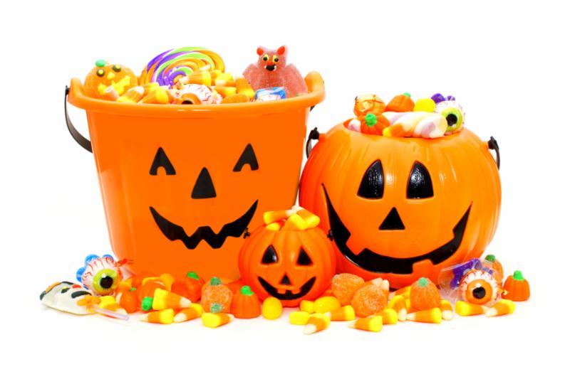Jack-o-lantern candy buckets