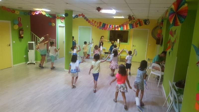 baile coreografía linternas