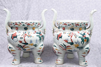 Pair Chinese Qianlong Porcelain Temple Jar
