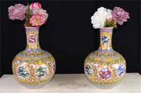 Pair Chinese Ming Dragon Vases Urns