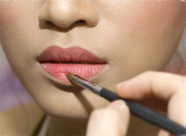 makeup_lips.jpg