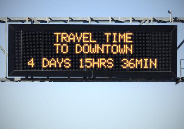 travel time traffic sign