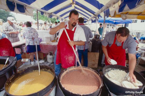 14. ©Philip Gould 98FEIN00752 Food Vendors 1998