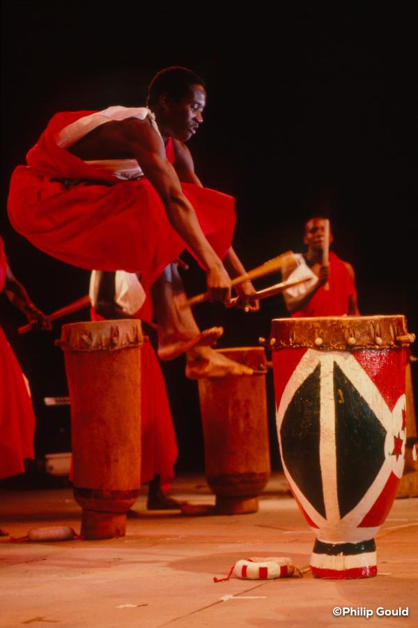 03. ©Philip Gould 89FEIN00778 Burundi Master Drummers