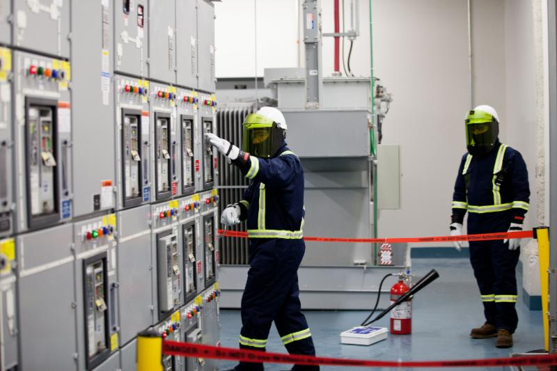 High Voltage Safety Training : Low and high voltage arc flash shock blended day training