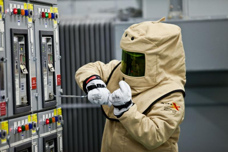 Low And High Voltage Arc Flash Amp Shock Blended 1 Day Training
