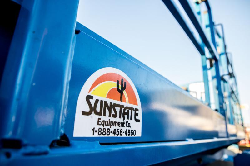 Sunstate Equipment Co. Logo on side of Scissor Lift