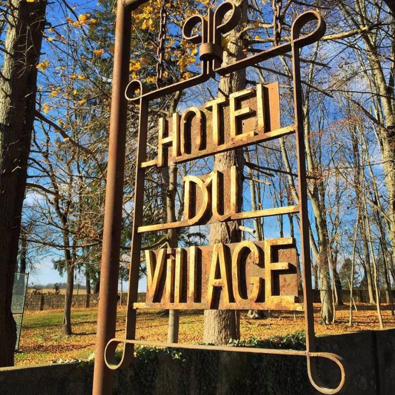 Hotel du Village