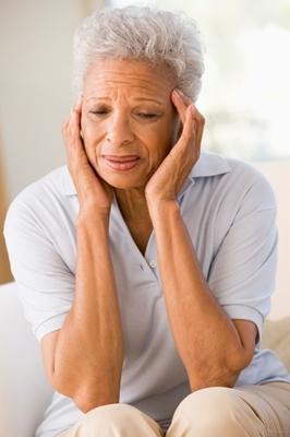 [older_woman_with_migraine.jpg] older_woman_with_migraine.jpg (72.46 KB)