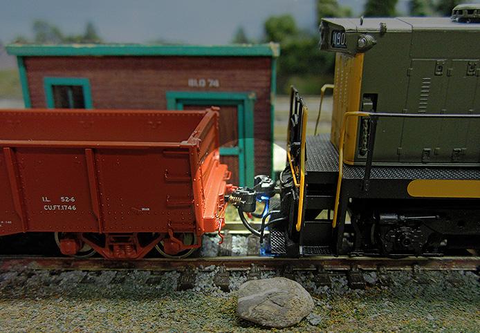 RailCrew Uncoupler