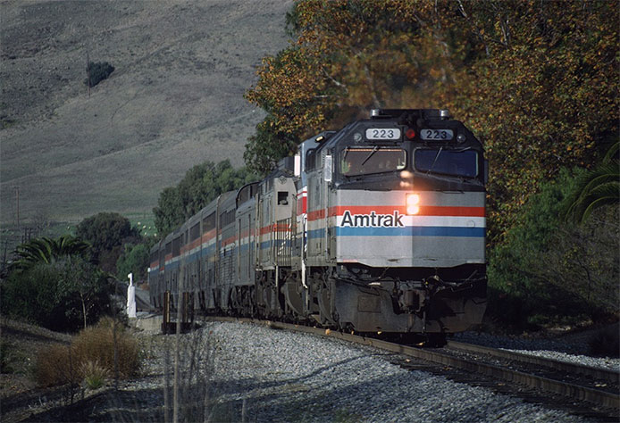 Amtrak F40PH 223