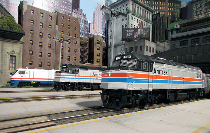Rapido Amtrak F40PH