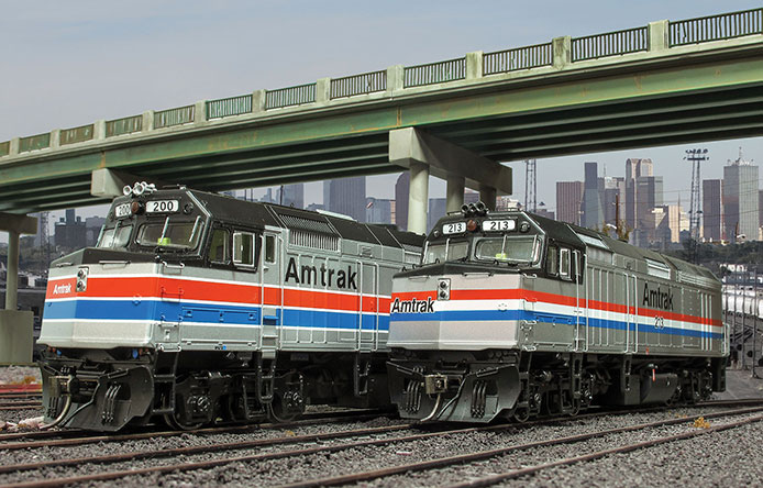 Rapido HO scale Amtrak F40PH