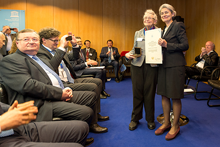 Institute Professor Millie Dresselhaus accepts the UNESCO Medal from UNESCO Director-General Irina Bokova at the awards ceremony on Oct. 11 in Paris, France. Photo, I. Marin, UNESCO