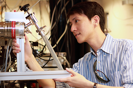 MIT physics graduate student Edbert Jarvis Sie works in the Gedik lab to innovate optical control of electrons in monolayer materials and possible new methods for information processing such as valleytronics.