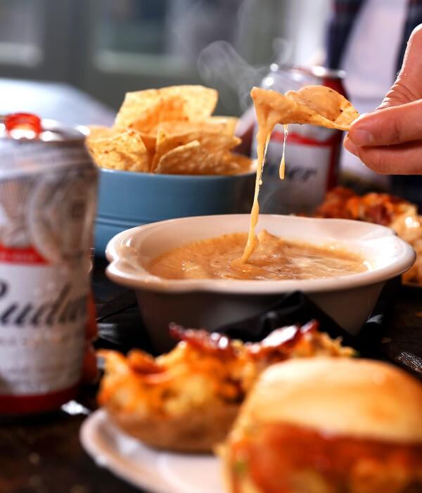 Budweiser Cheese Dip