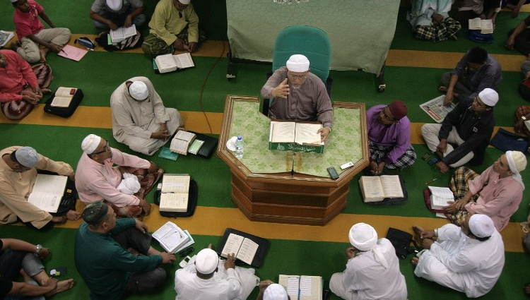 Move toward sharia law threatens malaysia 39 s christians for 10 40 window prayer points
