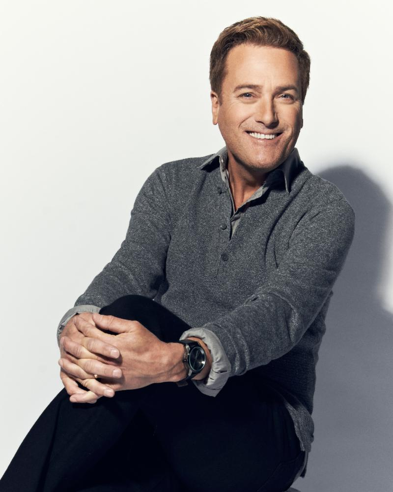 Clicking for high resolution of Michael W. Smith's photo.