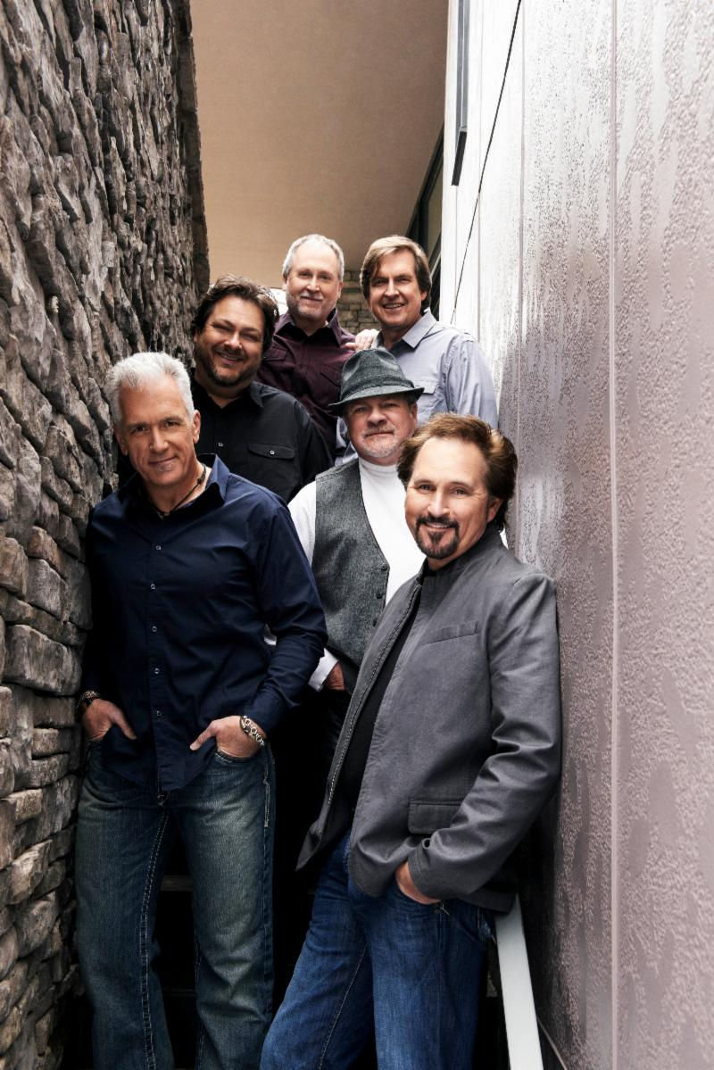 Clicking for high resolution of Diamond Rio's photo