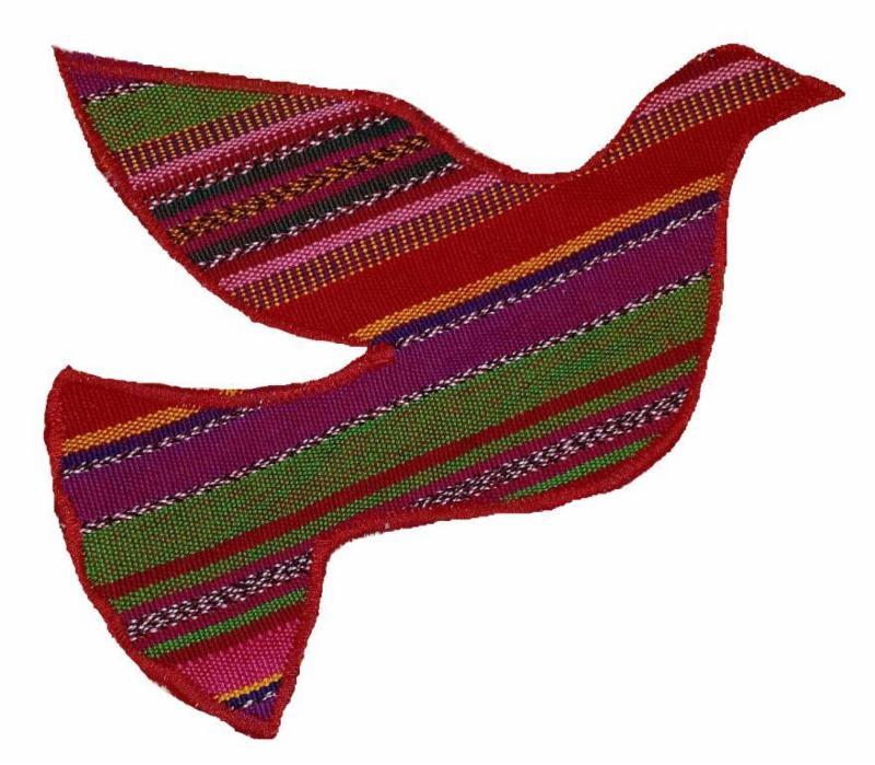 silueta de paloma de tela guatemalteca