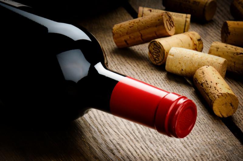 red_cork_wine.jpg