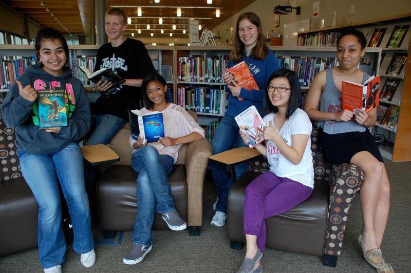 Students with NEM Books