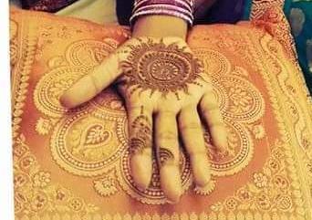 Suchi Henna