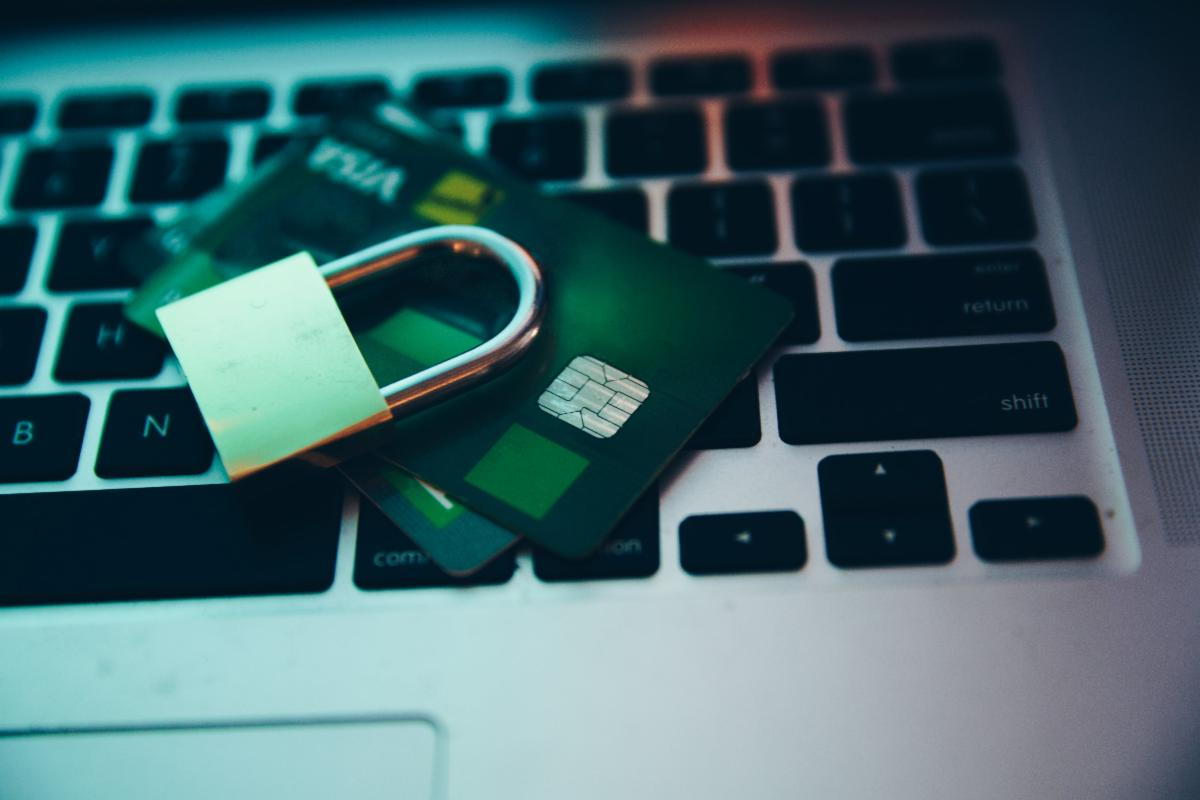 computer-security-lock-and-payment.jpg
