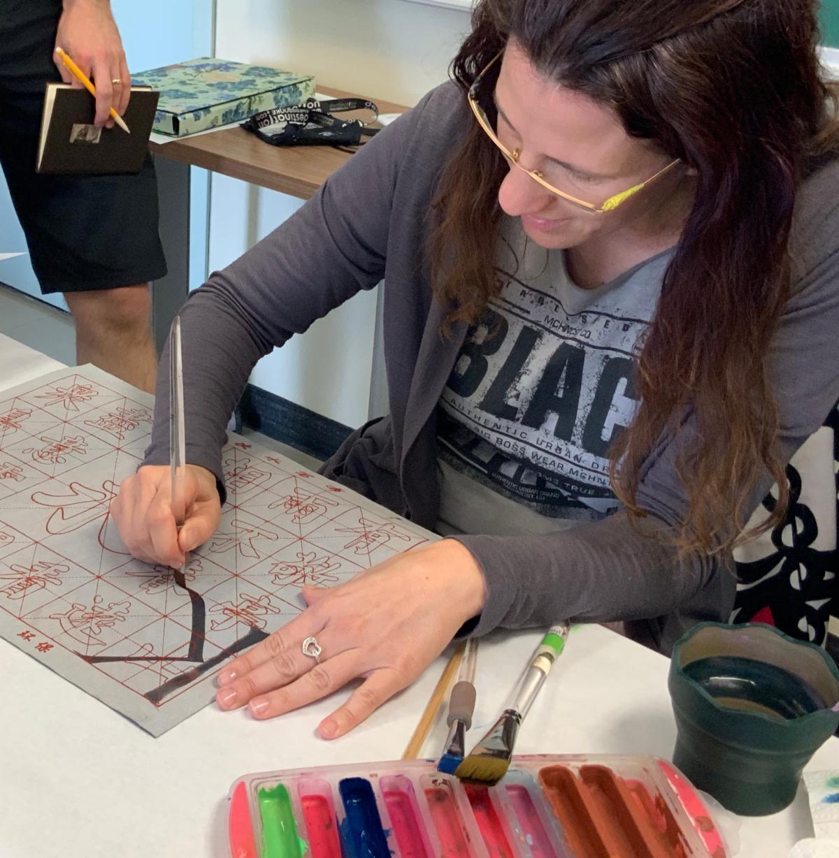 Loredana Zega teaching Roman Capitals at Rendezvous 2019