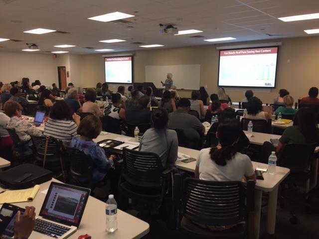 Lynn Ruby presenting at SCORE workshop
