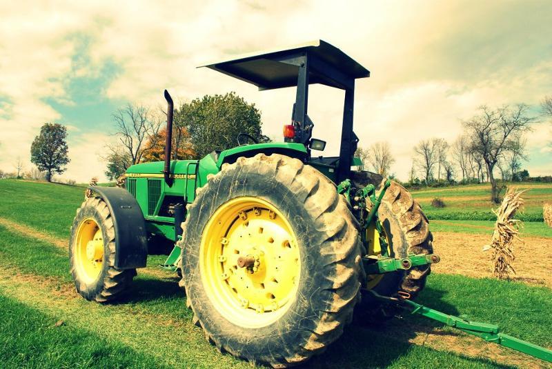 Hayride Tractor