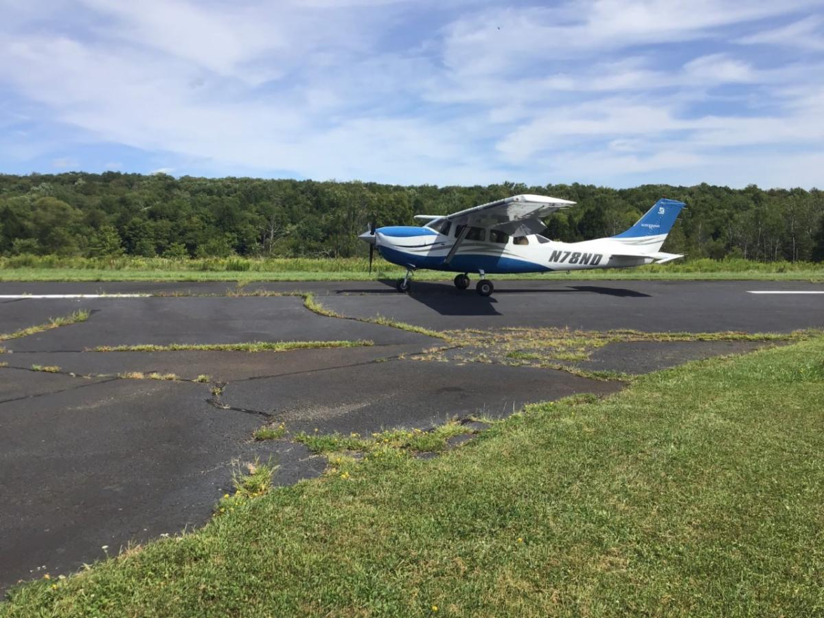Volunteer pilot recruited by LightHawk flying our 5th mission to photograph the Delaware River flood plain. The visible and infrared light photographs will be converted into digital maps to calculate the % of the flood plain colonized by knotweed.