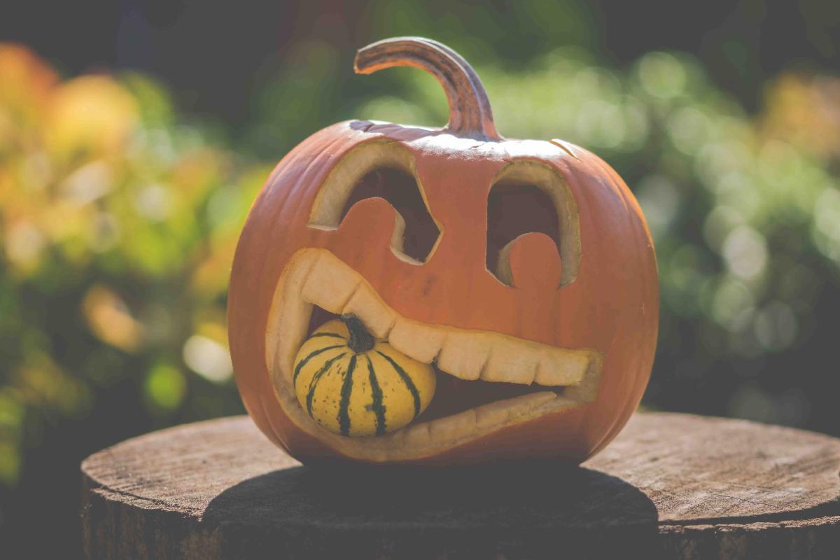 Halloween Decor Jack O'Lantern Eating a Smaller Gourd