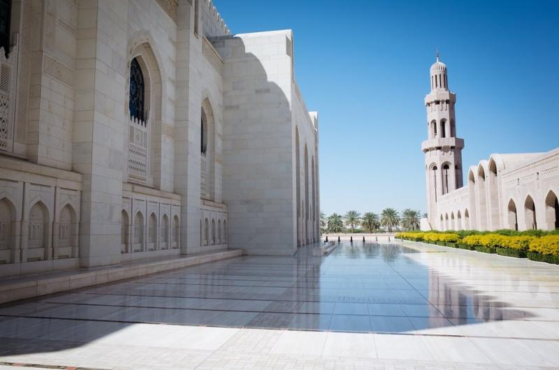 One of our first stops was Muscat's Sultan Qaboos Grand Mosque. Opened in 2011, it is the main mosque in Oman and the only one open to non-Muslims. It is also one of the largest mosques in the Gulf, with room for 20,000 worshipers in two prayer halls. The overall style is stripped-down contemporary Islamic, clad in a thousand shades of beige marble.